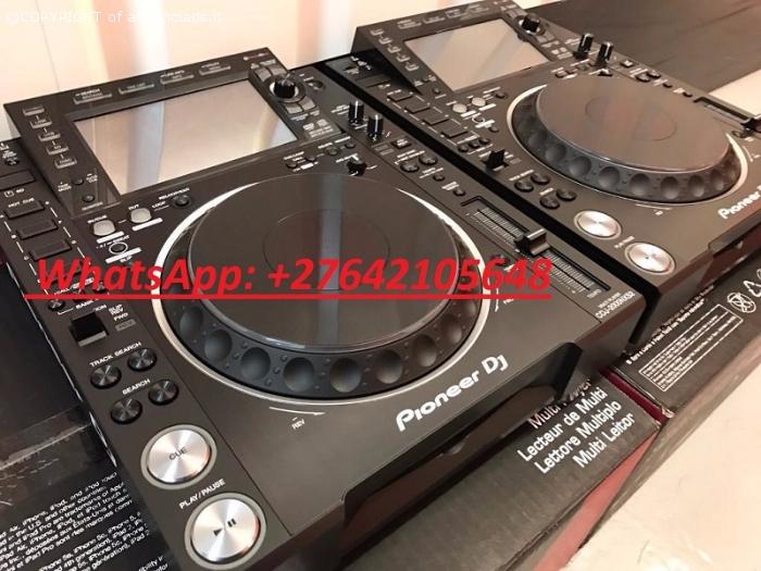 2x Pioneer CDJ-2000NXS2 +  1x DJM-900NXS2 mixer = 2500 EUR