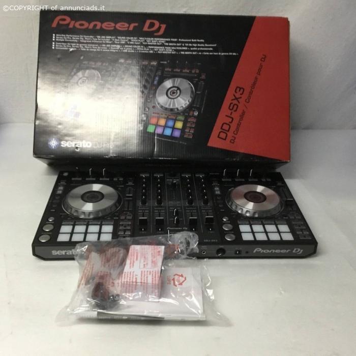 Pioneer DDJ SX3 4-channel DJ controller costo 550 Euro