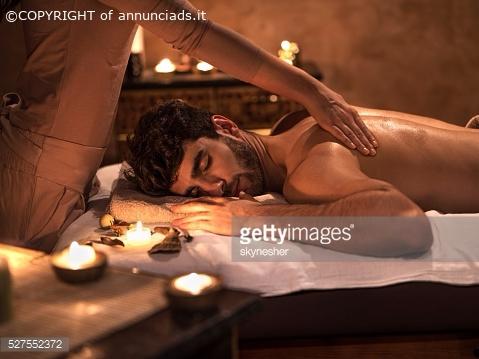 Roberta esegue massaggi ricevo ad ivrea